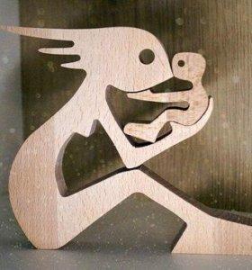 Фигурка Мама из дерева