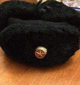 Шапка зимняя с кокардой для кадета.