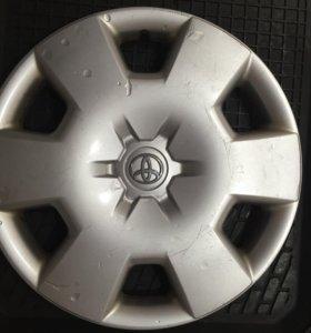 Оригинальные колпаки Toyota R15