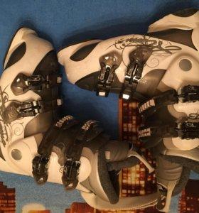 Горнолыжные ботинки Atomic