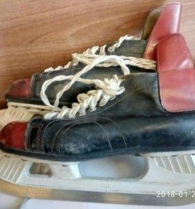 коньки хоккейные ВИСТИ Кузбасс размер 40