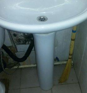 Сантехника: ванная, туалет, кухня.
