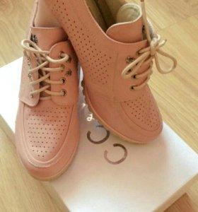 Новые туфли. Натуральная кожа.