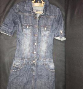 Джинсовое платье р-р 42