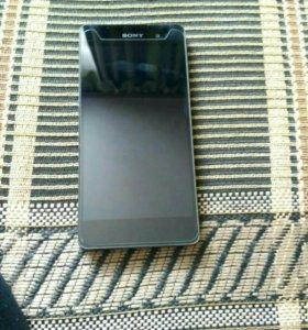 Продам телефон Sony Xperia E5