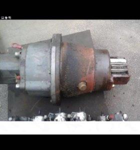 Редуктор поворота башни (модель SAT2751238 0381)