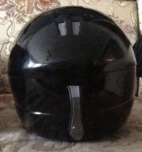 Продам горнолыжный шлем (состояние хорошее)