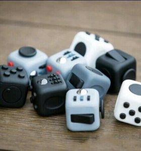 Кубик анти стресс или просто интересная игрушка