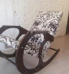 Кресло качалка новая