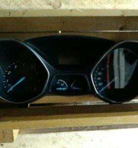 Приборка форд Куга 2 бензиговая