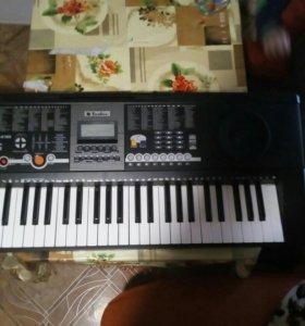 Синтезатор Tesler B6180