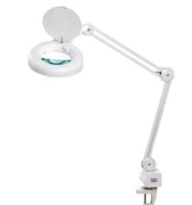 Лампа лупа на струбцине