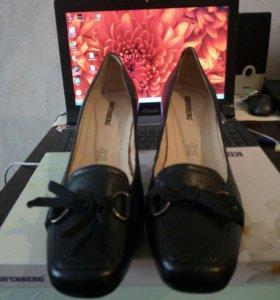 Туфли 40 р кожа