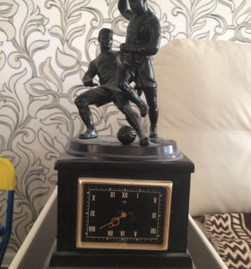 Каминные часы «футболисты» 1964г