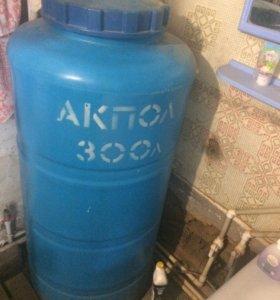Накопительный бак 300 литров