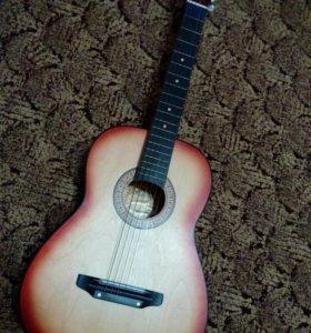 Гитара с чехлом