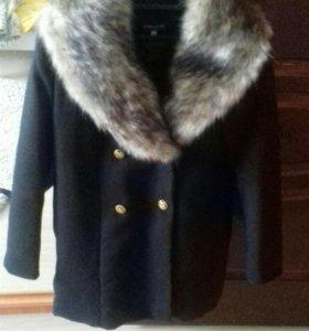 Пальто женское зимние.