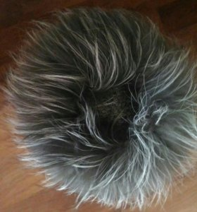 Вязоно-меховая шапка из песца