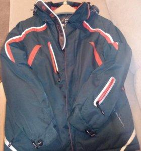 Зимняя спортивная куртка фирмы WHS