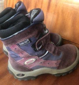 Ботинки ECCO размер 28