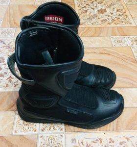 Мото ботинки Icon