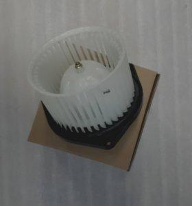 Мотор отопителя Митсубиси Лансер 10