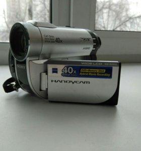 Видеокамера Sony Handycam DCR-DVD610E