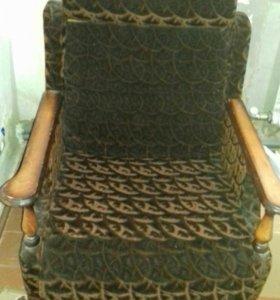 Диван +2 кресла