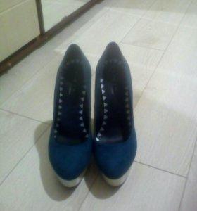 Туфли замшевые. Размер 39