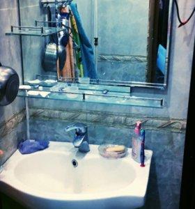 Продам умывальник и зеркало