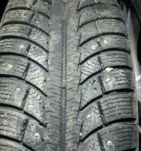 Зимние шины 205/55r16
