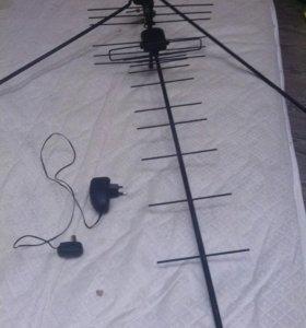 Антена с двумя усилителями.