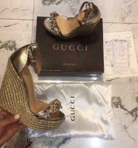 Босоножки Gucci