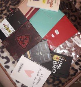 Блокноты,ежедневники,записные книжки.
