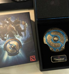 Dota 2 Collector's Aegis Shield