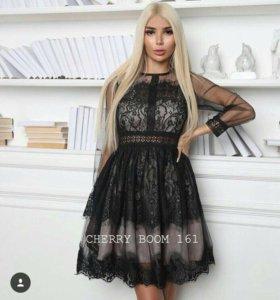 Платье гипюр 42 и 44 размер