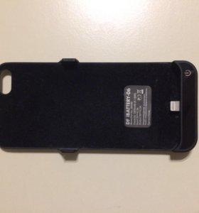 Чехол-зарядка для iPhone 5-5s DF IBATTERY-06