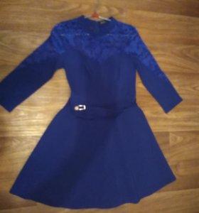 Новое ,красивое платье 48р.