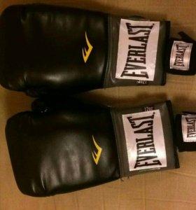 Боксёрские перчатки, Everlast (12oz)