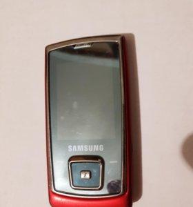 Телефон слайдер Samsung батарейки нет