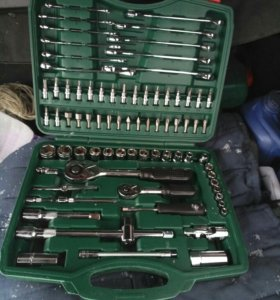 Набор инструментов 78 приборов , новый