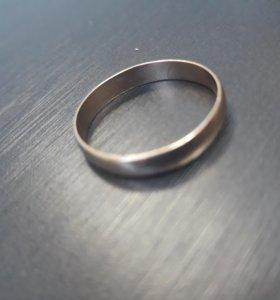 Мужское обручальное кольцо 585