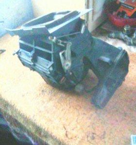 Мотор печки на Nissan