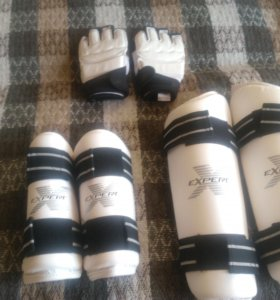 защита рук ног и перчатки для таэквандо