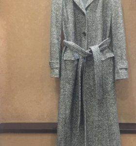 Пальто Scervino