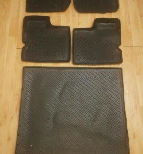Резиновые коврики рено дастер
