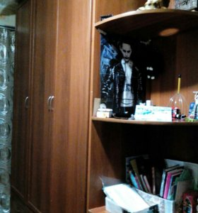 Шкаф 3-створчатый с угловым стелажом