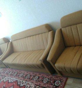 Мебель Диван и 2 кресла