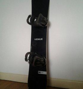 Продается сноуборд + крепления + ботинки
