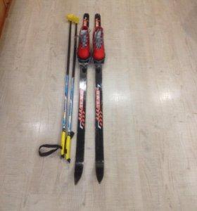 Лыжы, лыжные ботинки + палки